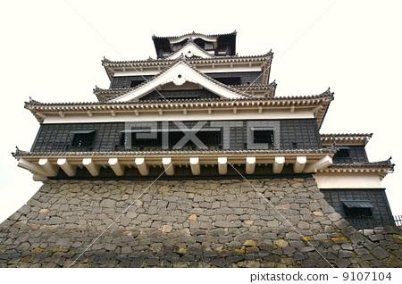 Kumamoto castle castle tower after the rain 9107104