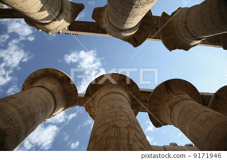 egyptian columns 9171946