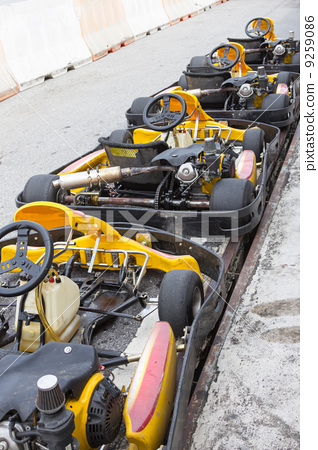 Perspective row of Go-kart 9259086