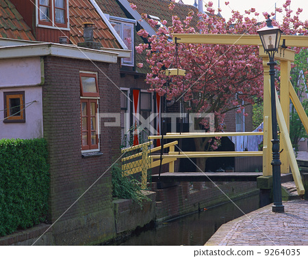 Dutch Foren Dam waterway in the Netherlands 9264035