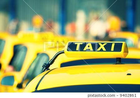 Taxi 9402861