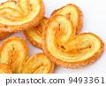 fresh cookies brown 9493361