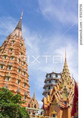 Stupas pagoda 9503956