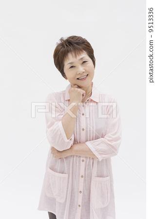 일본인 중년 여성 9513336
