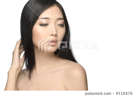 Beauty shot young woman studio isolated white background 9516876