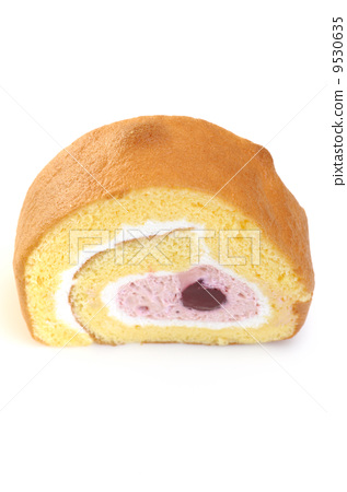 Delicious roll cake 9530635
