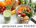 軟飲料 水果 綠色的榨果汁 9542847