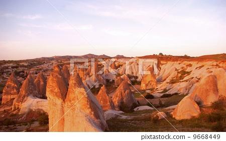 卡帕多奇亞 著名的 形狀獨特的石頭 9668449