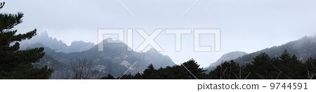 Mount Huang 9744591
