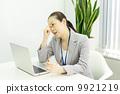 ธุรกิจหญิงทำงาน 9921219