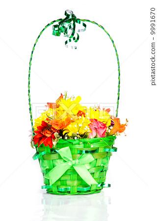 Flowers basket isolated 9991670