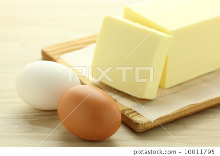 Eggs and butter 10011795