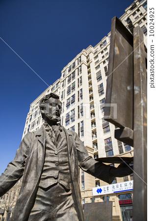 城市广场雕塑 10024925