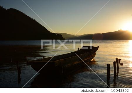 日出泸沽湖 10043892