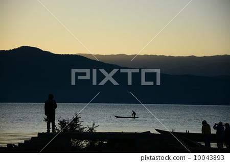 日出瀘沽湖 10043893
