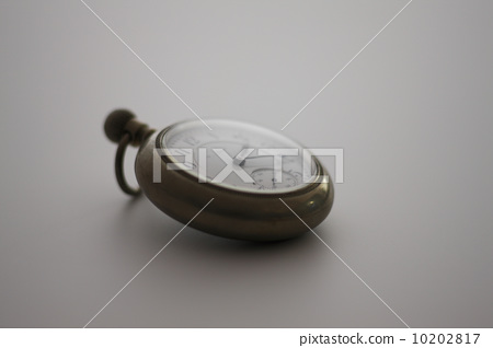 Old pocket watch 10202817