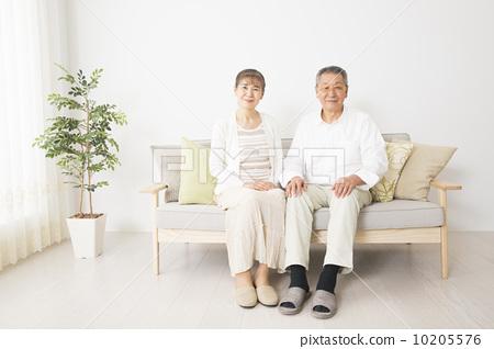 年長 老年夫婦 人物 10205576