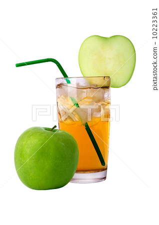 juice and an apple 10223361