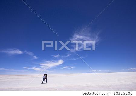Uyuni salt lake in Bolivia 10325206