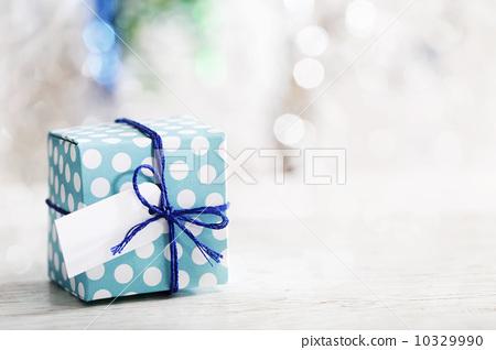 gift box, blue lagoon, anniversary