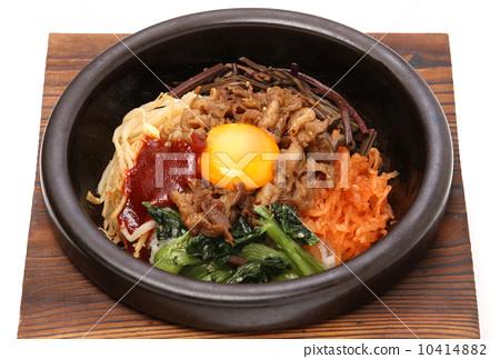 한국 요리 비빔밥 덮밥 덮밥 한국 고추장 미역국 매운 요리 밥 10414882