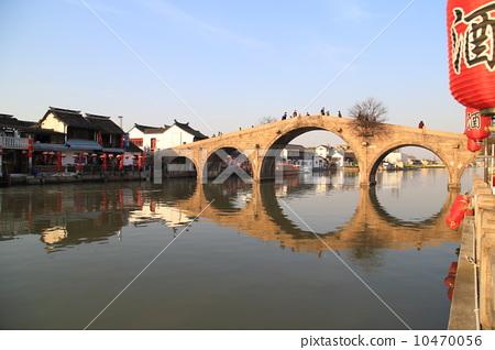 上海古鎮朱家角放生橋 10470056