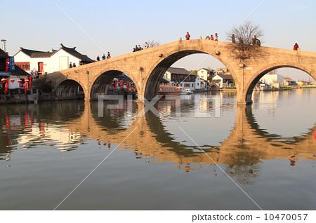 上海古鎮朱家角放生橋 10470057