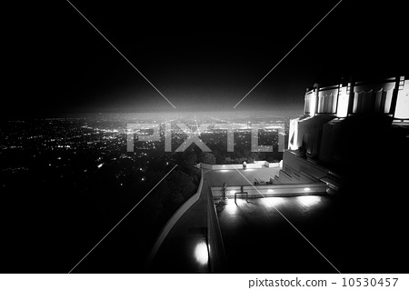 Los Angeles as seen from the Griffith Observatory 10530457