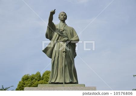Katsu海船的青銅雕像(Sumida區政府·Urawoi廣場/東京都Sumida Ward Azuma Bridge 1  -  23  -  20) 10576806