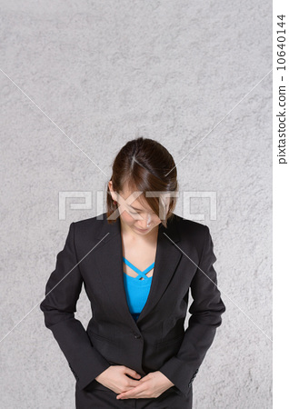 Bowing business woman 10640144