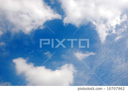 藍天白雲 10707962