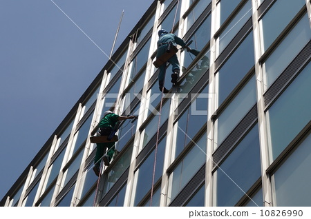 Window glass cleaning sweeper 10826990