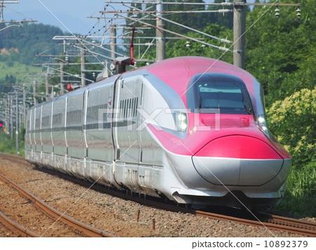 Shinkansen E6 train 10892379