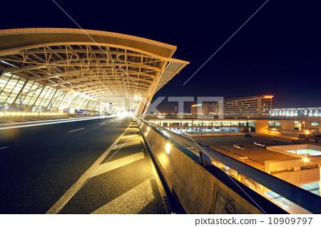 机场候机大厅 10909797