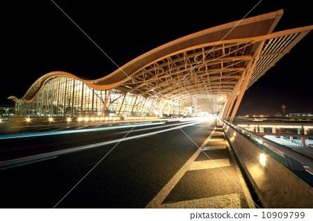 机场候机大厅 10909799