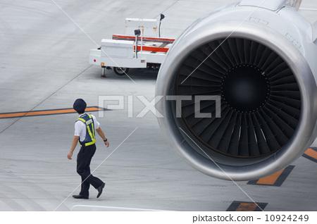 愛情飛機Kochi Ryoma機場波音767-300(76P)的視覺檢查 10924249