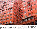 exterior apartment window 10942054