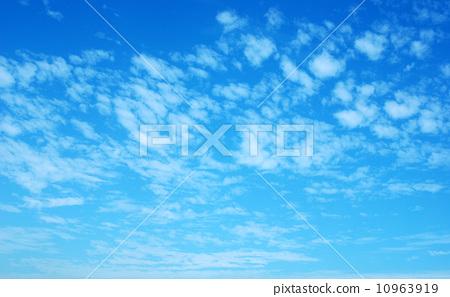 藍天白雲 10963919