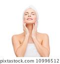 spa, towel, shower 10996512