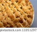 갓 구운 애플 파이 11051297