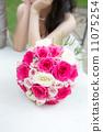 ช่อดอกไม้ (ช่อคลัชทำจากกุหลาบแท้) 11075254