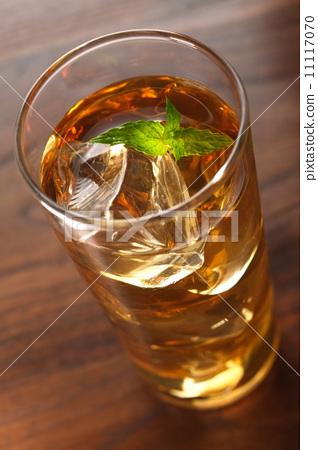 Peach oolong cocktail 11117070