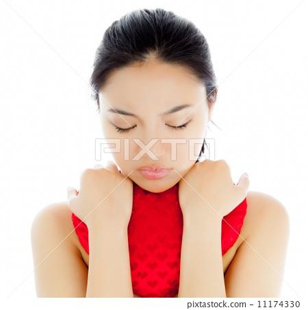 Attractive asian girl 20 years old shot in studio 11174330