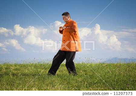 Qi-Gong outdoor 11207373