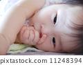 infant, thumb, sucking 11248394