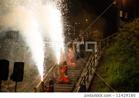 Noboribetsu Onsen Jigokudani Demon Fireworks Devil has a hand-made fireworks Finale Hell comes with a devil 11429180