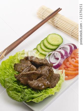 Cambodian (Loc Lac)/Vietnamese (Bo Luc Lac) - beef salad 11570251