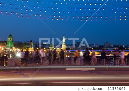 Night view of the Kremlin, Russia, Moscow. 11583061