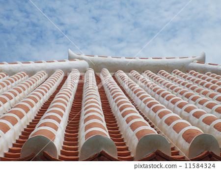 오키나와 붉은 기와 지붕 11584324
