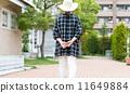 一个女人走路 11649884